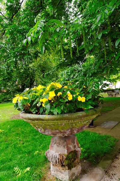Heylshof Garden.<br /> Worms, Germany
