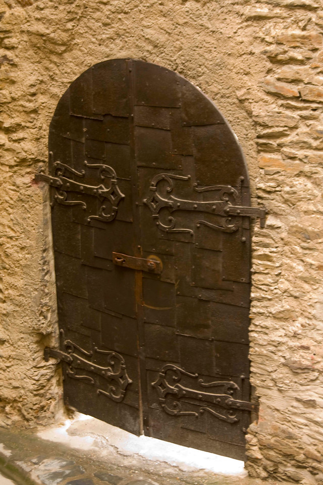 One of the doors at Marksburg Castle.
