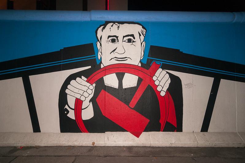 East Side Gallery - Gorbachev