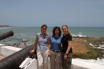 Steffi, Nela and Michelle at Cape Coast Castle