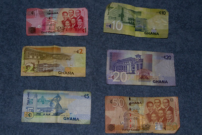 An assortmetn of Ghana New Cedis