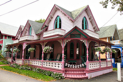 "A ""Pink House"" to be sure, and the one people kept sending me to, but not the most famous one (which I never found)."