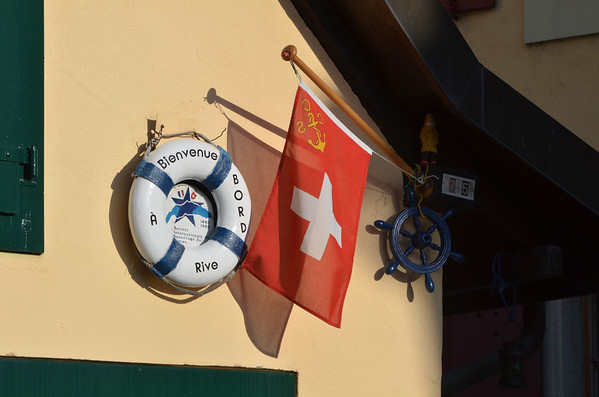 "HQ of the Nyon section of the <a href=""http://www.sisl.ch/"">Société de Sauvetage Internationale du Léman</a>, the rescue boats maintained in many of the  ports around the Lac Léman (the Lake of Geneva). <a href=""http://www.sisl.ch/welcome_us.htm"">Société de Sauvetage Internationale du Léman - English Welcome Page</a> Rive is the area along the lake around the port of Nyon."