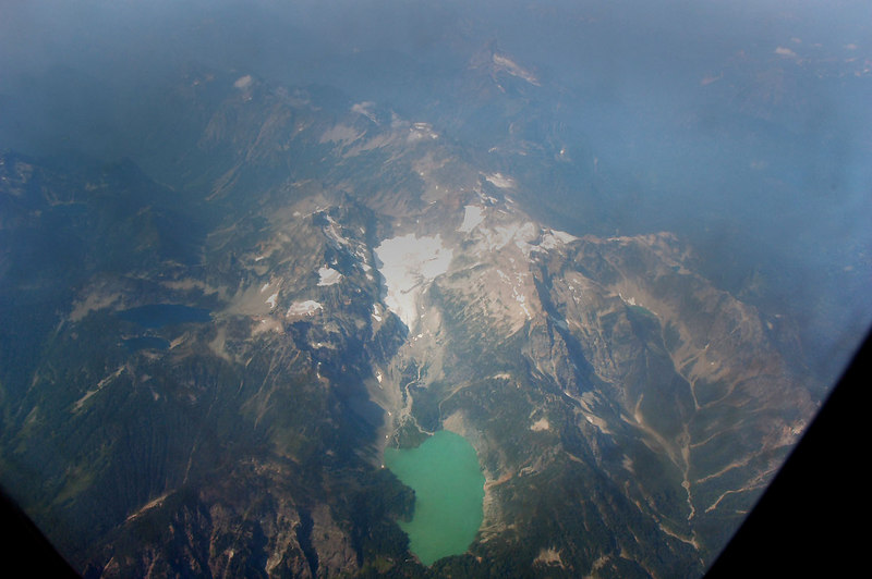 Flew over the Cascades, to bad it was so hazy. What little we could see looked great.