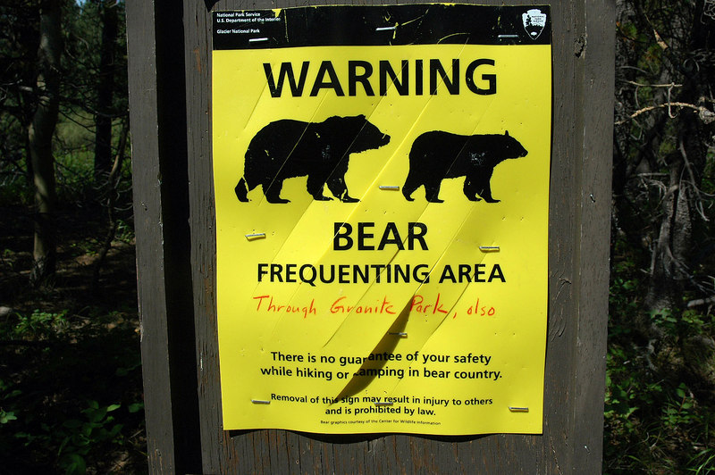 A warning sign at the start of the trail to Redrock Falls. The bears we saw never even looked up at us, they were to busy eating.