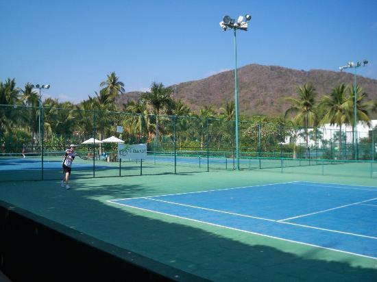 Club Med Ixtapa Tennis