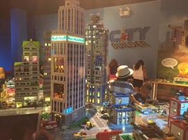 Chicago Legoland's new City Builder