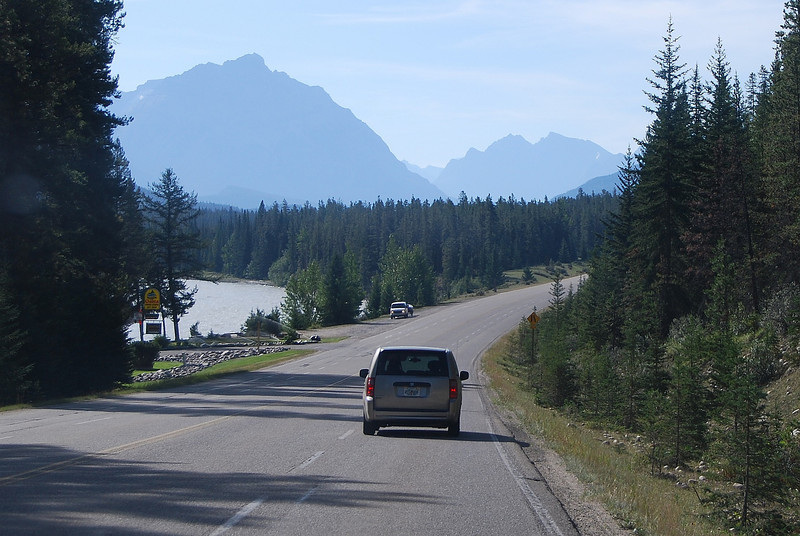 We leave Jasper and head south to Banff for four overnights in the NP.