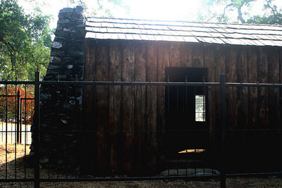 7/8/07 Mark Twain Cabin, 1 mile up Jackass Hill Road, off Hwy 49 (Mother Lode Hwy), Central Sierra Foothills, Tuolumne County, CA