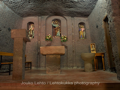 Luolakirkko - The Church of Guayadeque, luolakylä - cave village: Gran Canaria