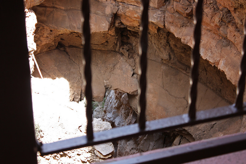 Original entrance, Cave of the Winds
