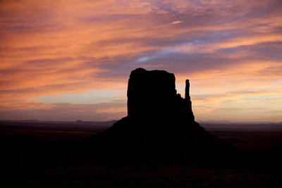 Monument Valley - sunrise.