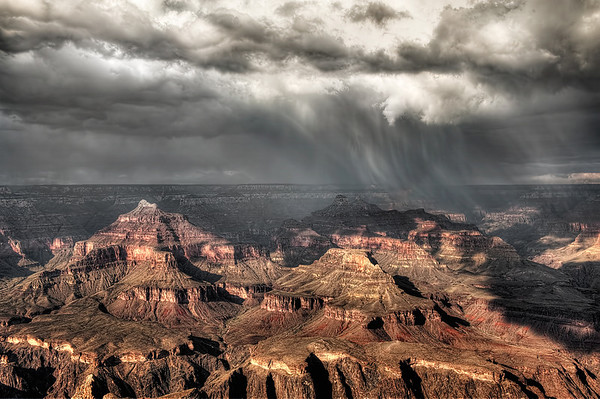 A rapid thunderstorm moved across the canyon in about 30 minutes