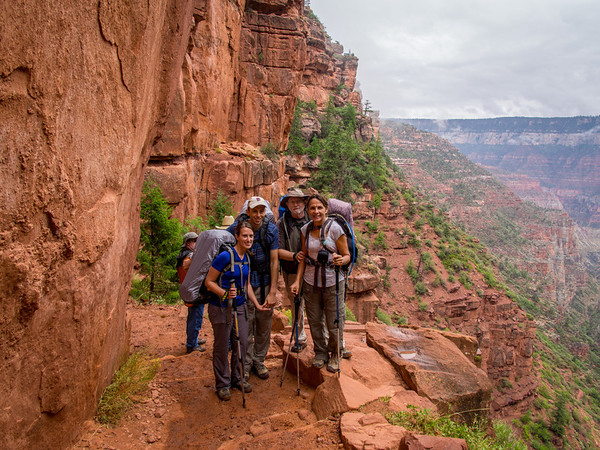 The whole group heading down North Kaibab.