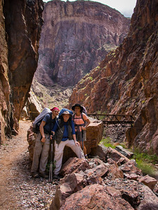 The Dodson family, minus the gainfully employed daughter, on the descent to the inner canyon.