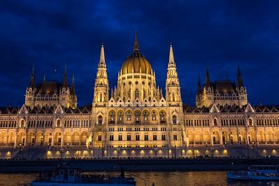 Budapest,night