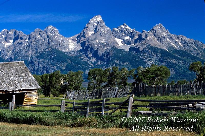 Grand Tetons, Old Barn and Fence, Grand Teton National Park, Wyoming, USA, North America