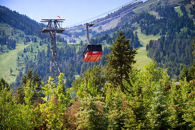 Jackson Hole gondola.  You did not think we hiked up the mountain do you?