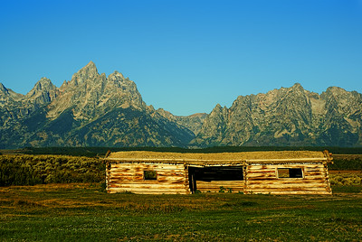 Cunningham Cabin with Grand Tetons as a majestic backdrop (late morning).