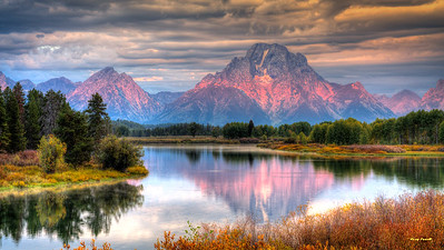 Oxbow Bend with the Grand Tetons on the horizon