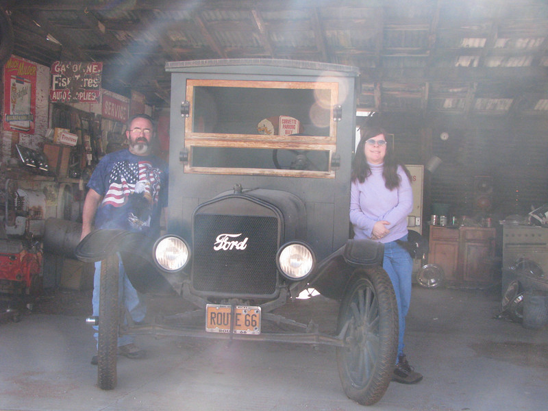 This place is a treasure of old cars and other items of pasted days.