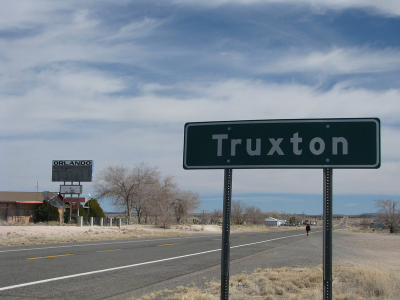 Continuing our eastward journey on route 66 to the Grandcanyon Cravens ,the road takes us to the town of Truxton.