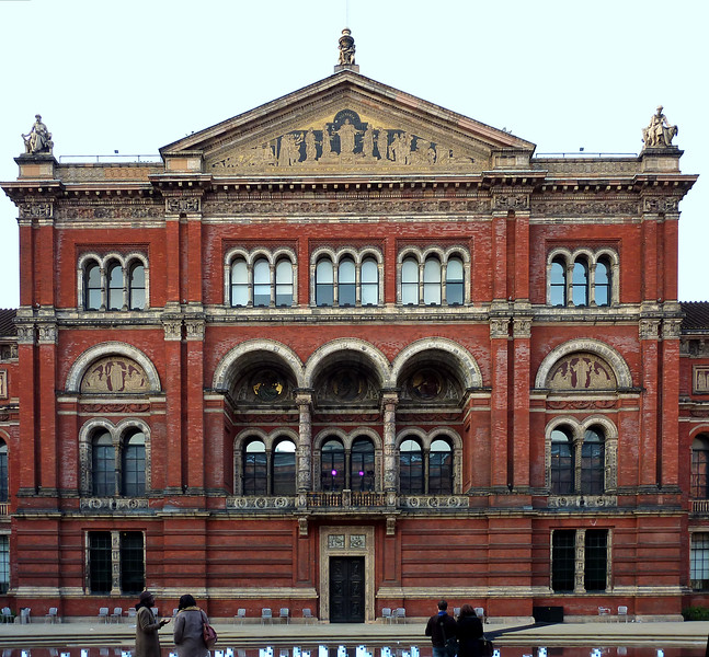 Victoria and Albert Museum, London, 2010