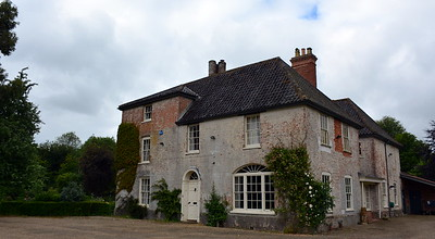 Washingford House Exterior - Front View