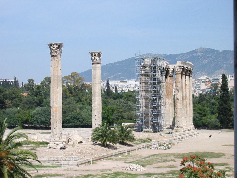 Temple of Olympian Zeus from hotel 02 -- IMG_0774