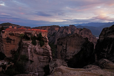 The Holy Monastery of Varlaam – It is the second largest monastery in the Metéora complex