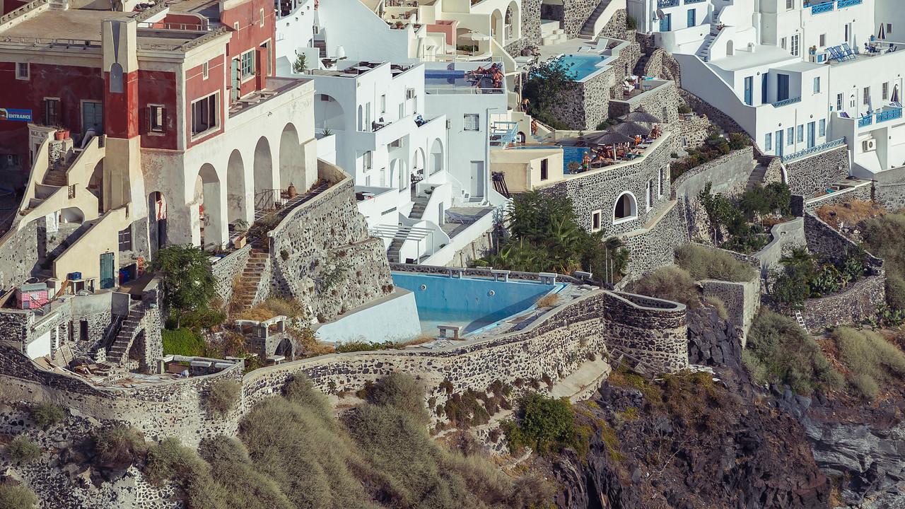 Abandoned hotel; Fira / Santorini