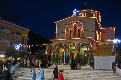 Panagia-kirkko, Loutraki, 2004 Panagia church, Loutraki.