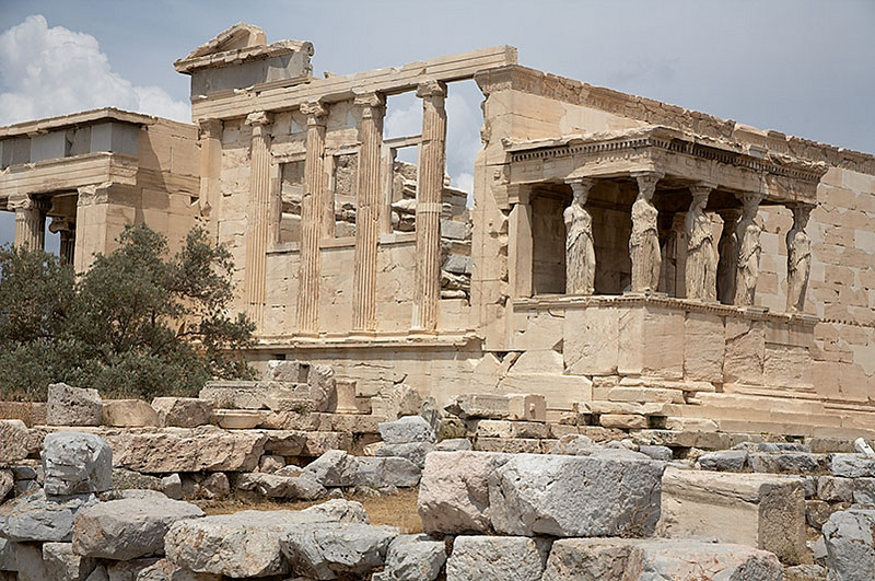A wider view of the Erechtheion.