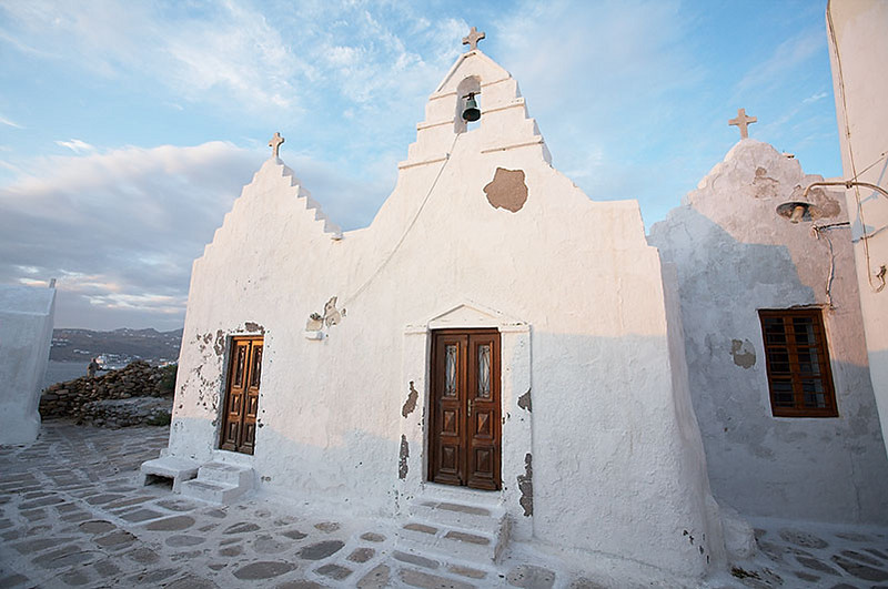 The Church of Panagia Paraportiani, the most famous church in Mykonos. Apparently, it is actually five small churches enclosed in one building.