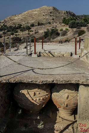 Phaistos Palace Crete - potteries 2