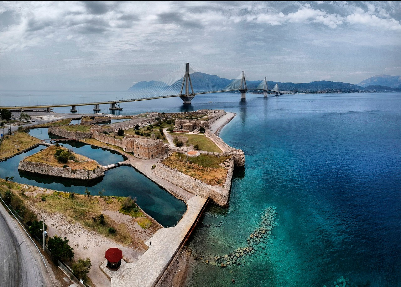 Rio Fortress and Rio-Antirio bridge