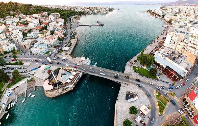 "Chalkida Bridge and the ""Crazy Waters"""