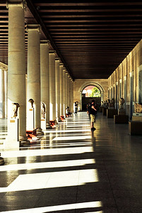 The exterior halls of the Stoa of Attalos.