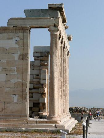 Acropolis-1080277