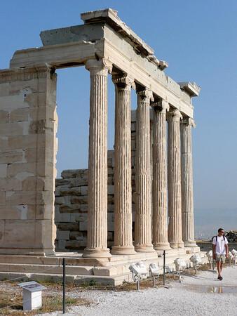 Acropolis-1080278