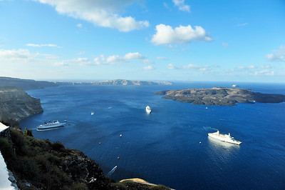 Looking over the caldera and the Aegean Sea to the Island of Nea Kameni.