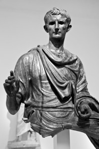 Bronze statue of the emperor Augustus found in the Aegean sea (c. 12-10 BC) National Archaeological Museum Athens, Greece