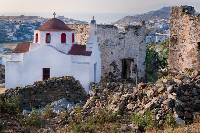 Chapel near Ano Mera, Mykonos, Greece