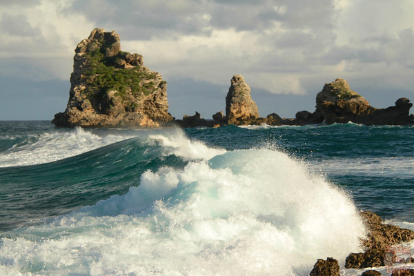 Waves at Castles Headland Guadeloupe, Pointe des chateaux photo 3