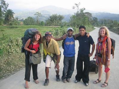Border Crossing from Honduras to Guatemala, February 21, 2005