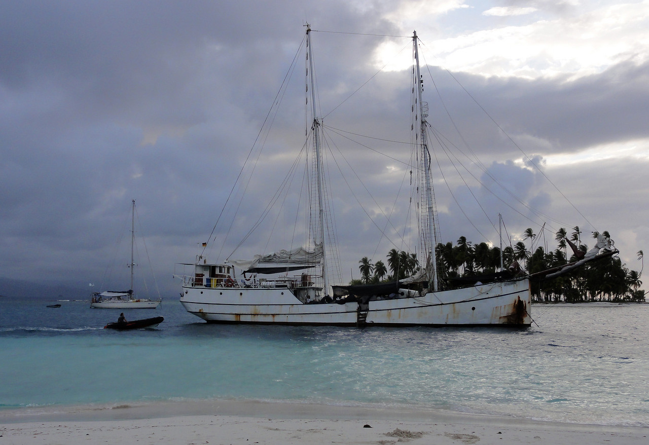 'Stahlratte' in the San Blas Islands