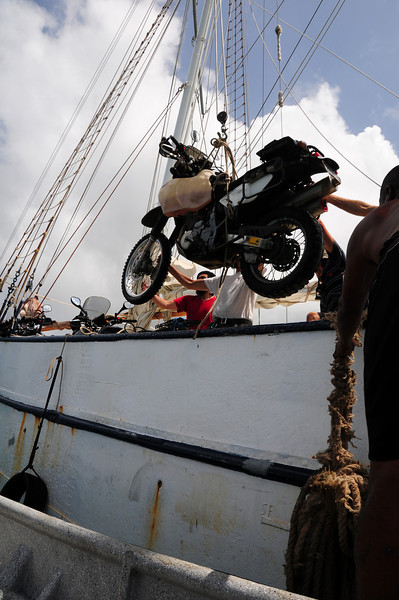 Loading bikes onto the 'Stahlratte' at Puerto Linde. Panama