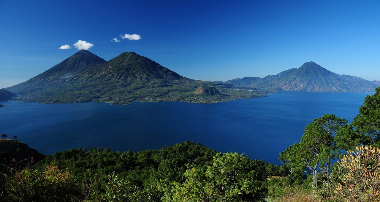 Lago Atilan,  Guatemala