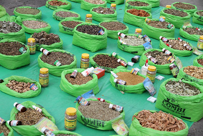 Spices for sale laid out on a blanket