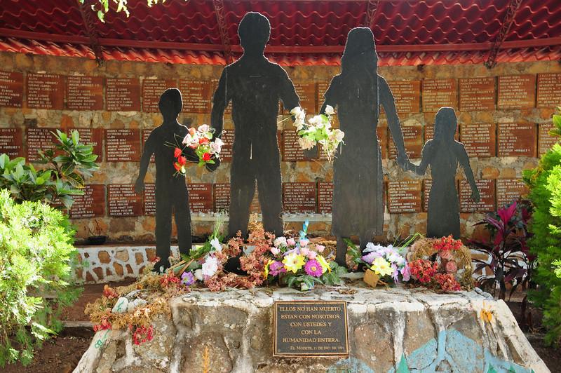 Families Memorial,  Motote. El Salvador